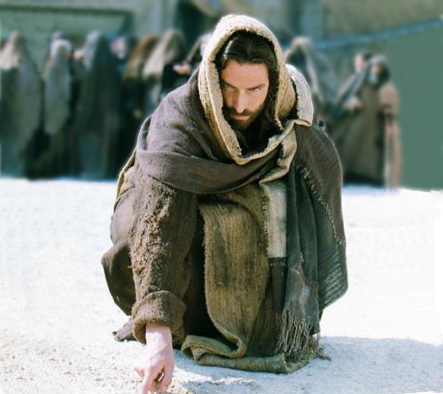 jesus-escribe-en-el-suelo